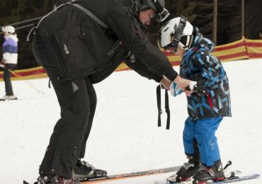 Group Skiing